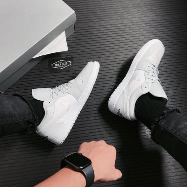 Hàng Chính Hãng Nike Air Jordan 1 Low White Camo 2021** v