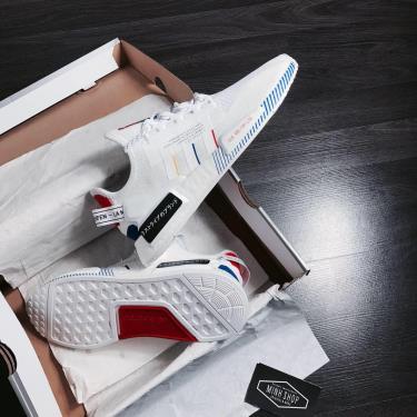 Hàng Chính Hãng Adidas NMD R1 V2 /White/Mutil 2020**