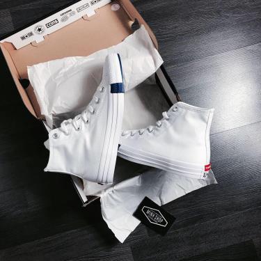 Hàng Chính Hãng Converse Chuck Taylor All Star Twisted Classic Logo Play White/Rush Blue/Maroon 2020**