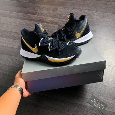 ''FLASH DEAL  '' Hàng Chính Hãng Nike Goat Kyrie 5 'Black Metallic Gold 2020**