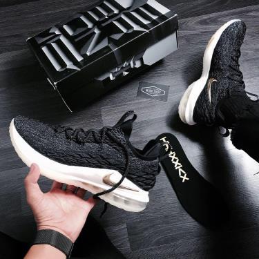 Hàng Chính Hãng Nike  LeBron 15 Low 'Metallic Gold' 2019**