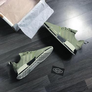 Hàng Chính Hãng Adidas NMD R1 'Legacy Green Black' 2020**