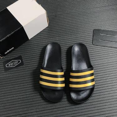Hàng Chính Hãng Adidas Dép Adilette Aqua Slides Black/Gold 2020**