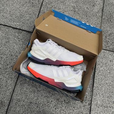 giay-adidas-day-jogger-white-multi-fy3012