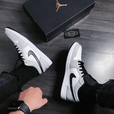 Hàng Chính Hãng Nike Jordan 1 Low Light Smoke Grey Red 2021**[O]