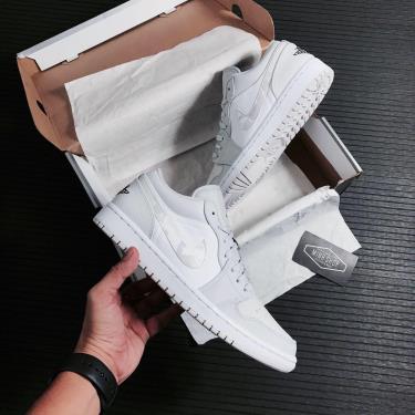 Hàng Chính Hãng Nike Air Jordan 1 Low White Camo 2020** v