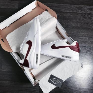 Hàng Chính hãng Nike Air Max Oketo White/University Red 2021**