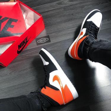 """Hàng Chính Hãng  Nike Air Jordan 1 Mid """"Shattered Backboard"""" 2020**"""