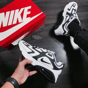 MAX HEAT  Nike Air Max 200 White/Black * [AQ2568 104]