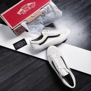 Vệ sinh vans Old Skool và các đôi giày da lộn nói chung