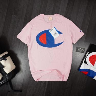 ao-thun-champion-large-c-logo-pink