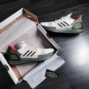 """MUA 1 TẶNG 1~ Hàng Chính Hãng Adidas Ultra Boost 5.0 """"Olive Beige"""" 2020**"""