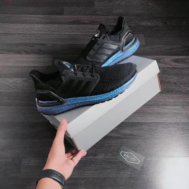 giay-adidas-ultra-boost-6-0-black-hologram-eg1341