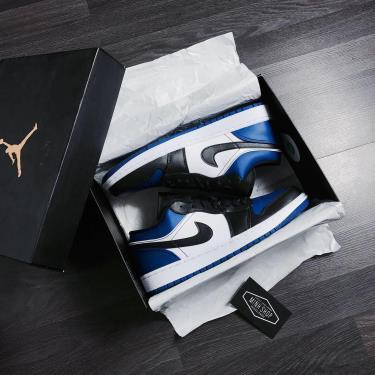 Hàng Chính Hãng Nike Air Jordan 1 Low 'Royal Toe' 2020**