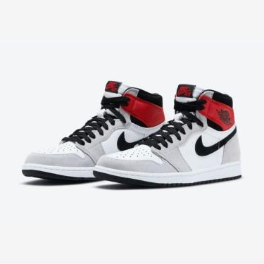 Hàng Chính Hãng Nike Air Jordan 1 Retro High OG 'Light Smoke Grey' 2020**