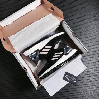 Hàng Chính Hãng Adidas Ultra Boost 6.0  Black Pink Tint 2021**