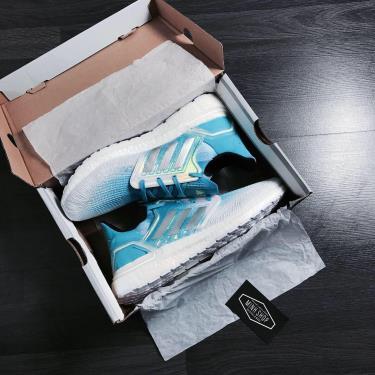 Tiết kiệm -1xxx Hàng Chính Hãng Adidas Ultra Boost 6.0  White/Blue/Hologram 2020**