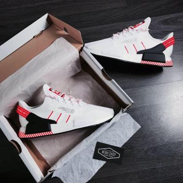 Hàng Chính Hãng Adidas  NMD R1 V2 'White Solar Red'  2020**