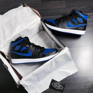 Hàng Chính Hãng Nike Air Jordan 1 Mid 'Royal BLue' 2020**
