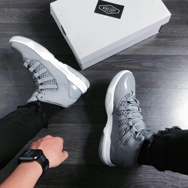 Hàng Chính Hãng Nike Jordan Max Aura Cool Grey 2020 **