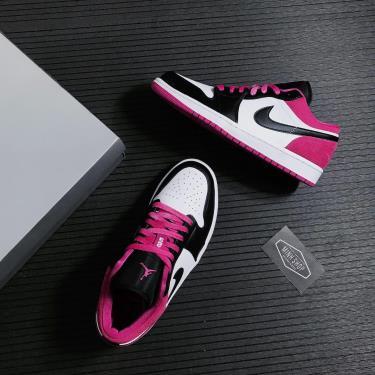 Hàng Chính Hãng Nike Jordan 1 Low Black Active Fuchsia 2021**