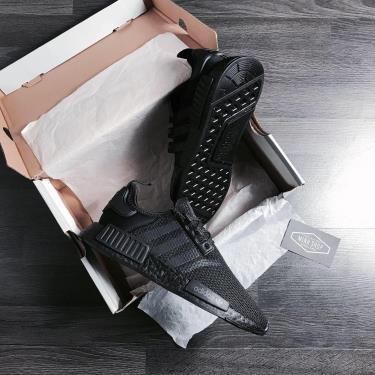Hàng Chính Hãng  Adidas NMD R1 Black Carbon 2020**