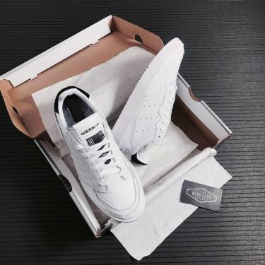 Hàng Chính Hãng Adidas Supercourt White/Black 2020**