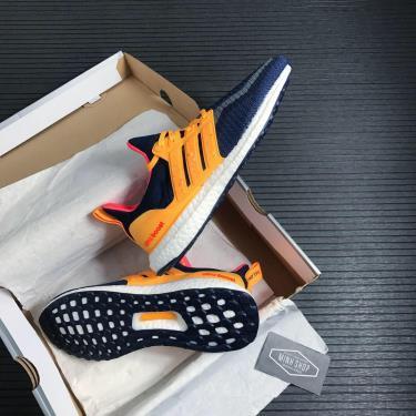 Hàng Chính Hãng Adidas Ultra Boost DNA CTY Kuala Lumpur Navy / Solar Gold 2021**