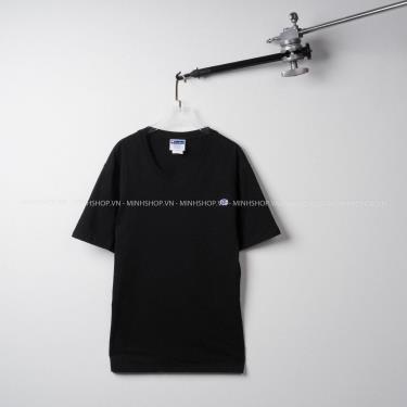 ao-thun-champion-life-heritage-tee-c-patch-logo-black