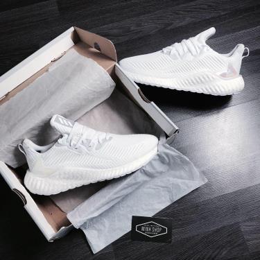Hàng Chính Hãng Adidas Alpha Boost Cream White/Hologram 2020**
