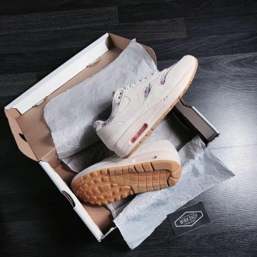 Hàng Chính Hãng Nike Air Max 1 Floral Light Brown Gum 2020**
