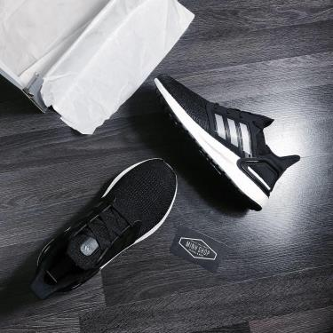 Hàng Chính Hãng Adidas Ultra Boost 6.0 J 'Core Black'  2020**