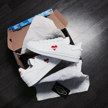 Top 4 Đôi Giày Bạn Nên Mua Trong Dịp Tết Nguyên Đán 2020 - Phần 1