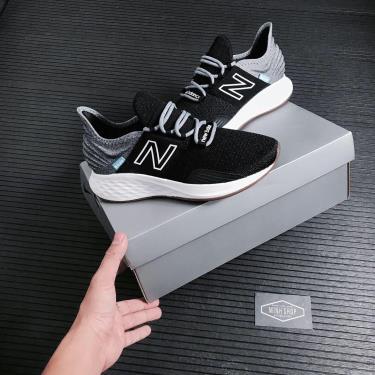 giay-newbalance-fresh-foam-black-grey-wroavtk