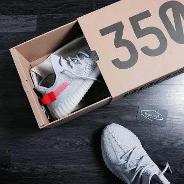 Hàng Chính Hãng Adidas Yeezy Boost 350 V2 Tail Light 2020** V