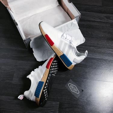 Hàng Chính Hãng Adidas NMD R1  'OG Gold Boost' 2020**
