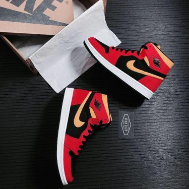 Hàng Chính Hãng Nike Air Jordan 1 High Zoom Air CMFT Black Chile Red 2021**