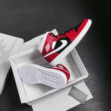 Hàng Chính Hãng Nike Jordan 1 Mid Gym Red Black 2021**