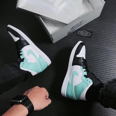 Hàng Chính Hãng Nike Air Jordan 1 Mid Black/White/Teal Tint 2021**