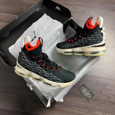 Hàng Chính Hãng Nike LeBron 15 Black Bright Crimson 2020 **