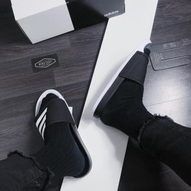 Hàng Chính Hãng Dép Adidas Adilette TND Slides Black/White 2020**