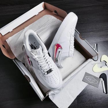 Hàng Chính Hãng Nike Air Force 1 '07 Premium 'Zip Swoosh - White' 2020**