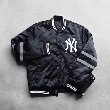 Hàng Chính Hãng Áo Khoác Baseball Bomber Jacket MLB New York Yankees Black 2021**