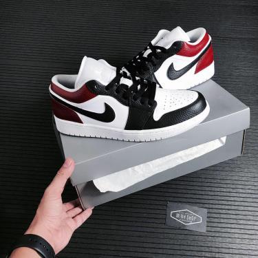 Hàng Chính Hãng Nike Air Jordan 1 Low White/Black/Red CUST 2020** V