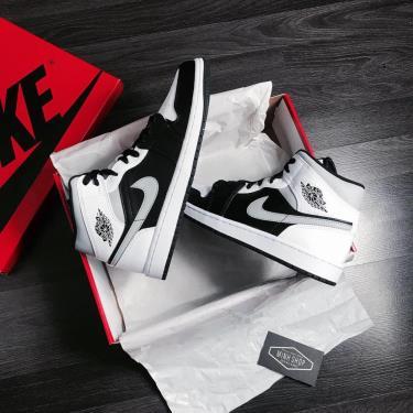 Hàng Chính Hãng Nike Air Jordan 1 Mid White Shadow 2021** [ O ]