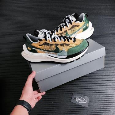 Hàng Chính Hãng Nike Sacai x VaporWaffle 'Tour Yellow' 2020**