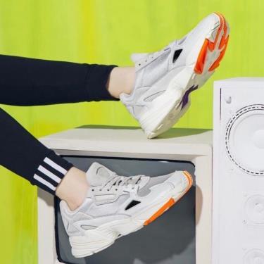 Hàng Chính Hãng Adidas Falcon Cream Orange 2020**