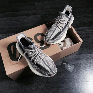 Hàng Chính Hãng Adidas Yeezy Boost 350 V2 Zyon 2021** V