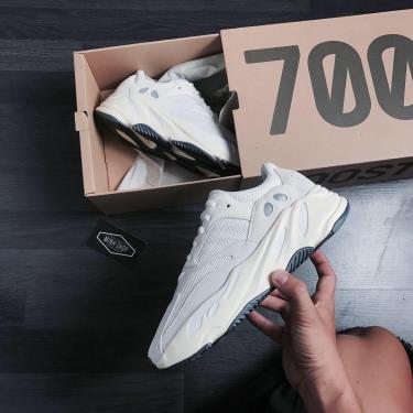 Hàng Chính Hãng Adidas Yeezy Boost 700 'Analog' 2019**