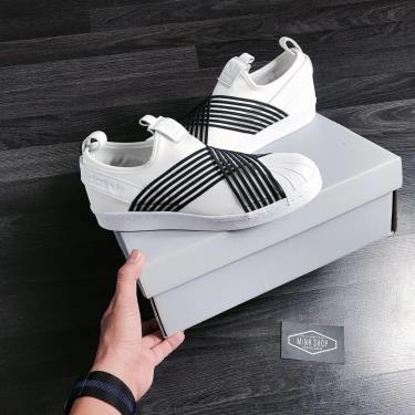 ''FLASH DEAL 70%'' Hàng Chính Hãng Adidas Superstar Slip on White/Black 2020**